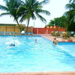 Апартаменты Accra Royal Castle Apartments & Suites Тема бассейн