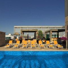 Radisson Blu Hotel, Dubai Media City бассейн