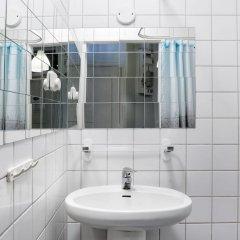 Отель Kamppi Runeberginkatu 6 Финляндия, Хельсинки - отзывы, цены и фото номеров - забронировать отель Kamppi Runeberginkatu 6 онлайн ванная