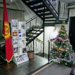Отель Клубный Отель Флагман Кыргызстан, Бишкек - отзывы, цены и фото номеров - забронировать отель Клубный Отель Флагман онлайн интерьер отеля фото 2