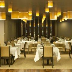 Отель Holiday Inn Porto Gaia Вила-Нова-ди-Гая питание