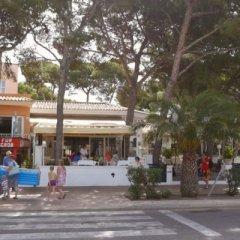 Отель Hostal Alcina парковка