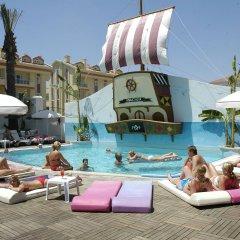 Club Anastasia - Family Hotel бассейн фото 3