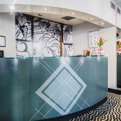 Отель Best Western Hôtel Mercedes Arc de Triomphe бассейн