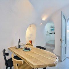 Отель Cave Suite Oia Греция, Остров Санторини - отзывы, цены и фото номеров - забронировать отель Cave Suite Oia онлайн в номере
