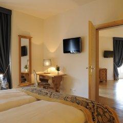 Отель Bernina 1865 Швейцария, Самедан - отзывы, цены и фото номеров - забронировать отель Bernina 1865 онлайн удобства в номере фото 2