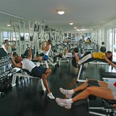 Отель Grecian Park фитнесс-зал