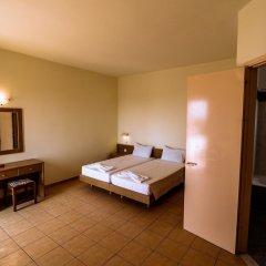 Отель Angela Studios сейф в номере