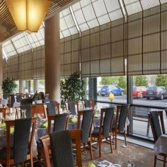 Отель Holiday Inn Helsinki - Vantaa Airport бассейн фото 2