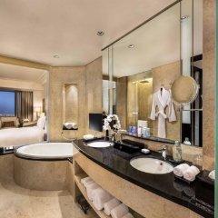 Отель Conrad Dubai ОАЭ, Дубай - 2 отзыва об отеле, цены и фото номеров - забронировать отель Conrad Dubai онлайн ванная фото 2