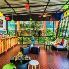Отель Little Hill Phuket Resort гостиничный бар