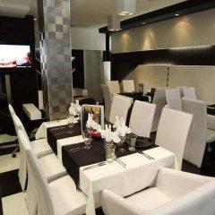 Отель Acktion Болгария, Шумен - отзывы, цены и фото номеров - забронировать отель Acktion онлайн развлечения