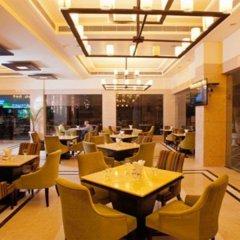 Отель Madhuban Managed by Peppermint Hotels питание