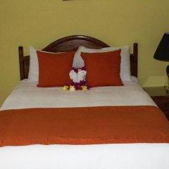 Отель Seastar Inn сейф в номере