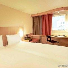 Отель Ibis Madrid Aeropuerto Barajas Мадрид комната для гостей фото 5