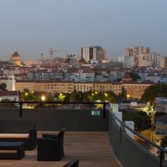 Отель Holiday Inn Lisbon Португалия, Лиссабон - 1 отзыв об отеле, цены и фото номеров - забронировать отель Holiday Inn Lisbon онлайн приотельная территория