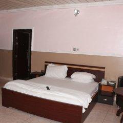 Entry Point Hotel комната для гостей