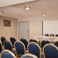 Отель Candia Hotel Греция, Афины - 3 отзыва об отеле, цены и фото номеров - забронировать отель Candia Hotel онлайн фитнесс-зал