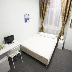 Мини-Отель Агиос на Курской 3* Стандартный номер с двуспальной кроватью фото 23