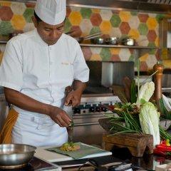 Отель Four Seasons Resort Bali at Jimbaran Bay гостиничный бар
