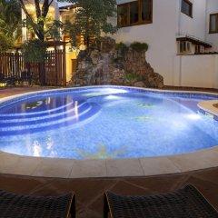 Hotel Westfalenhaus бассейн