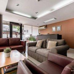 Отель Double Two@Sathorn Бангкок комната для гостей фото 4