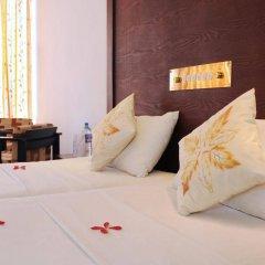 Отель Golden Star Beach Hotel Шри-Ланка, Негомбо - отзывы, цены и фото номеров - забронировать отель Golden Star Beach Hotel онлайн ванная фото 2