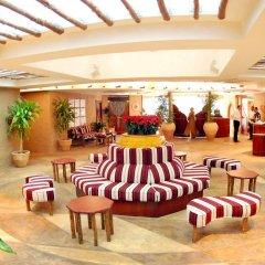 Отель Al Liwan Suites интерьер отеля фото 2