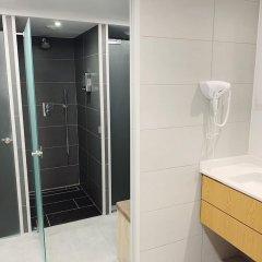 Отель Draper Startup House for Entrepreneurs Лиссабон ванная