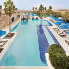 Отель Ramada Resort Dead Sea Иордания, Ма-Ин - 1 отзыв об отеле, цены и фото номеров - забронировать отель Ramada Resort Dead Sea онлайн бассейн фото 2