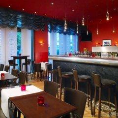 Отель Sheraton Carlton Нюрнберг гостиничный бар