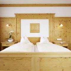 Отель Alpenhotel Laurin Австрия, Хохгургль - отзывы, цены и фото номеров - забронировать отель Alpenhotel Laurin онлайн комната для гостей фото 2