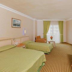Отель Holiday Park Resort Окурджалар комната для гостей фото 5