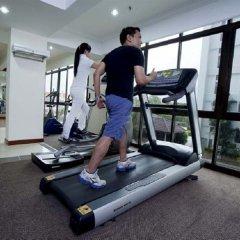 Отель Bayview Hotel Georgetown Penang Малайзия, Пенанг - отзывы, цены и фото номеров - забронировать отель Bayview Hotel Georgetown Penang онлайн фитнесс-зал фото 3