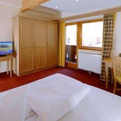 Отель Gasthof Neue Post Австрия, Хохгургль - отзывы, цены и фото номеров - забронировать отель Gasthof Neue Post онлайн комната для гостей фото 5