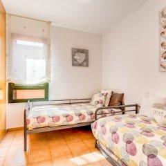 Отель Apartamento Vivalidays Mari Испания, Льорет-де-Мар - отзывы, цены и фото номеров - забронировать отель Apartamento Vivalidays Mari онлайн комната для гостей фото 2
