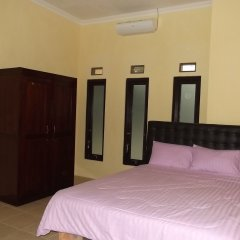 Отель Rumah Anargya сейф в номере