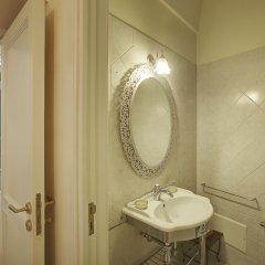 Отель B&B Palazzo Bernardini Лечче ванная