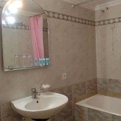 Отель Cavo D'Oro Hotel Греция, Пирей - отзывы, цены и фото номеров - забронировать отель Cavo D'Oro Hotel онлайн ванная