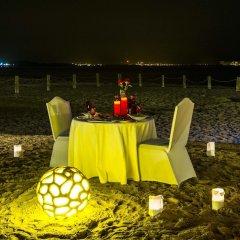 Отель Regency Sealine Camp Катар, Месайед - отзывы, цены и фото номеров - забронировать отель Regency Sealine Camp онлайн сауна