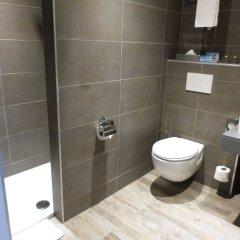 Отель Marivaux Hotel Бельгия, Брюссель - 6 отзывов об отеле, цены и фото номеров - забронировать отель Marivaux Hotel онлайн ванная
