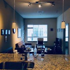 Отель New Lyfe Finest Luxury Apartment США, Лос-Анджелес - отзывы, цены и фото номеров - забронировать отель New Lyfe Finest Luxury Apartment онлайн интерьер отеля фото 2