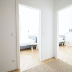 Апартаменты HeyMi Apartments Stephansdom Вена комната для гостей фото 2