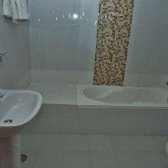 Отель Peace Plaza Непал, Покхара - отзывы, цены и фото номеров - забронировать отель Peace Plaza онлайн ванная