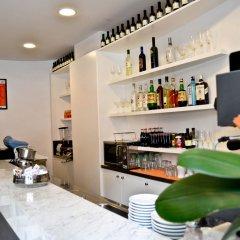 Hotel Aniene гостиничный бар