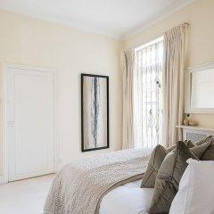 Апартаменты Huge, Regal 2BR Apartment Right next to Harrods! Лондон комната для гостей фото 5