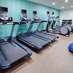 Отель Charter Inn and Suites фитнесс-зал фото 4