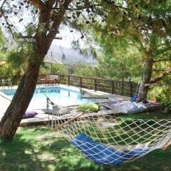 Отель Ovabuku Pension бассейн