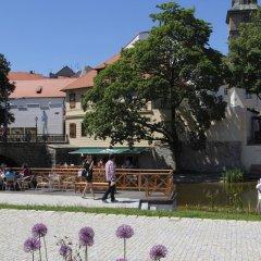 Hotel U Zvonu Пльзень бассейн