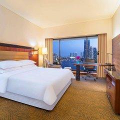 Royal Orchid Sheraton Hotel & Towers комната для гостей фото 4